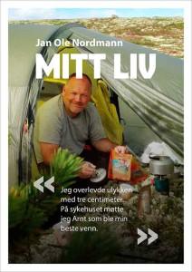 """Forsiden av en eksempelbok. Overskriften er """"Mitt liv"""". Bildet viser en mann som sitter inne i et fjelltelt."""